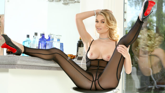 Stunner In A Tight Body Stocking