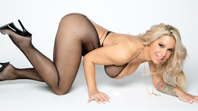 Love The Feel Of Fishnet